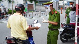 Hà Nội bớt áp lực khi giấy đi đường cũ tiếp tục được sử dụng