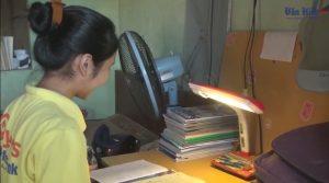 Ba Vì: Học sinh nghèo còn gặp nhiều khó khăn về thiết bị học tập