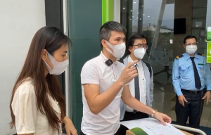 Công Vinh, Thủy Tiên livestream 18.000 trang sao kê hơn 177 tỷ từ thiện