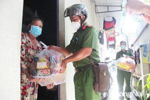 Đồng Nai đã chi hỗ trợ 317 tỷ đồng cho người dân, doanh nghiệp gặp khó khăn do ảnh hưởng của đại dịch