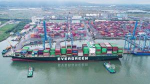 Bộ GTVT lập tổ công tác kiểm tra cước vận tải, giá dịch vụ cảng biển