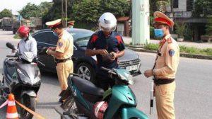 Tăng nặng nhiều mức phạt liên quan đến người điều khiển xe máy