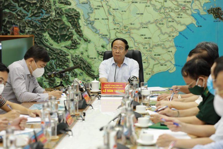 Phó Thủ tướng Lê Văn Thành: 'Tất cả tàu, thuyền phải vào bờ hoặc tìm nơi trú ẩn an toàn'