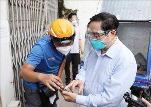 """Sở chỉ huy tại ổ dịch Thanh Xuân """"không bóng người"""" khi Thủ tướng kiểm tra"""