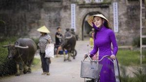 """Diễn viên Huyền Trang: """"Khi mình làm việc thiện là lúc tâm trở nên thanh tịnh"""""""