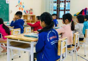 Trường học ở Hà Nội 'phá rào', cho học sinh trở lại trường sớm