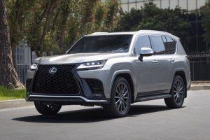 Chính thức ra mắt Lexus LX600 với thiết kế ấn tượng