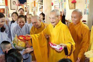 Nếu Phật giáo Việt Nam chịu làm theo Pháp chủ Thích Phổ Tuệ…