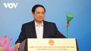 Thủ tướng: Đất nước biết ơn đội ngũ y tế, lực lượng tuyến đầu chống dịch COVID-19