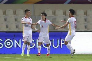 """Báo Trung Quốc """"cay cú"""" vì ngôi sao La Liga thất bại trước Tiến Linh"""