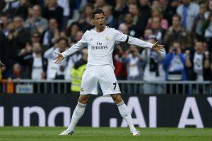 Ý nghĩa màn ăn mừng kiêu hãnh của Ronaldo