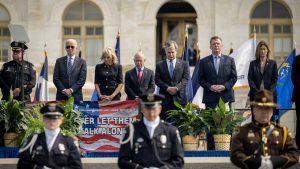 Bộ trưởng An ninh Nội địa Mỹ dương tính với COVID-19 sau sự kiện tham gia cùng nhà Biden