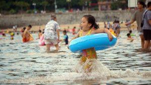 Người Hải Phòng  thoả thích du lịch, tắm biển nếu đã tiêm 1 mũi vắc-xin