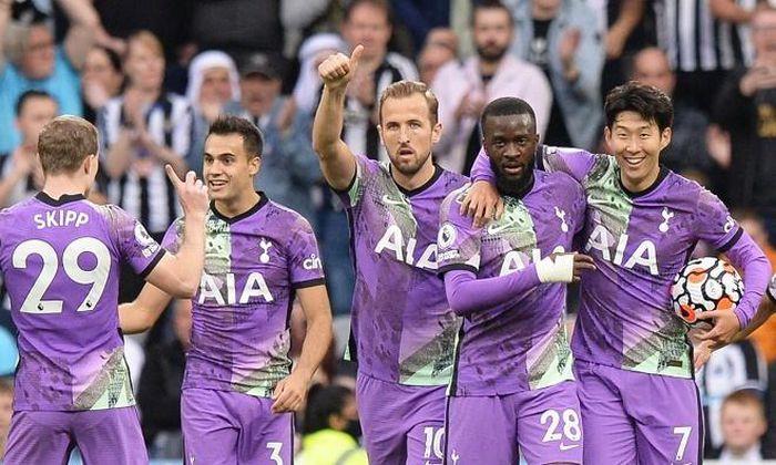 'Song sát' Kane – Son giúp Tottenham qua mặt MU