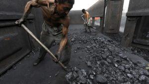 Gốc rễ khủng hoảng năng lượng ở Trung Quốc, châu Âu