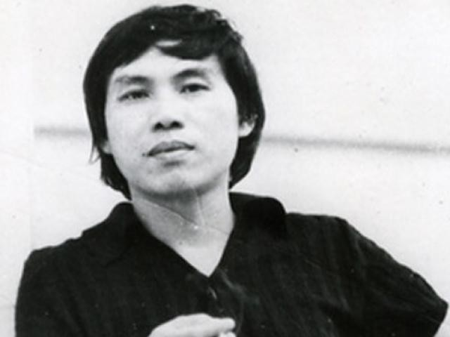 Các nhà văn ở đâu trong 100 năm kịch nói Việt Nam?