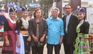 Nhà văn của bản làng dân tộc Mông