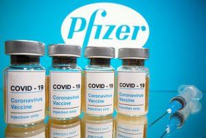 Pfizer kiếm lợi từ những hợp đồng bán vắc-xin COVID-19 bí mật?