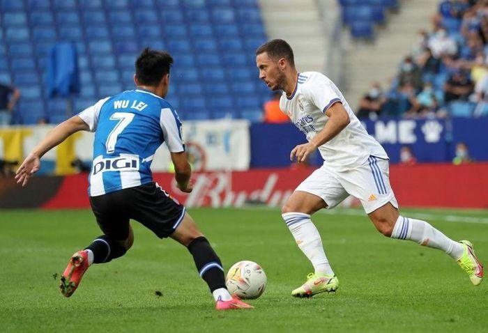 'Ronaldo Trung Quốc' tự tin ghi bàn vào lưới Việt Nam
