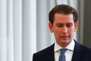 Thủ tướng Áo từ chức giữa bê bối hối lộ chấn động