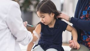Chuẩn bị tiêm vaccine Covid-19 cho trẻ em từ 12-17 tuổi